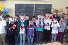 Zajęcia plastyczne w klasie IIIa-maski karnawałowe
